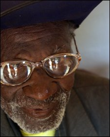 Eye care for Uganda